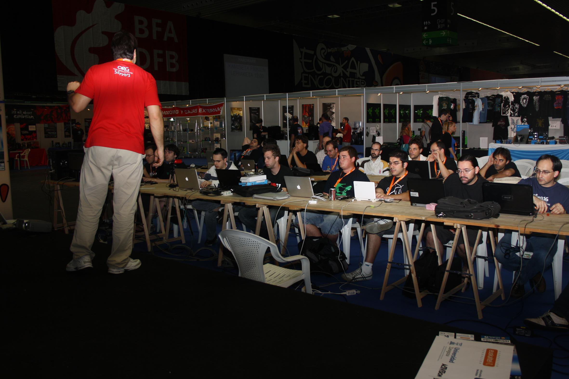 Durante el transcurso de la Euskal Encounter 19, el sabado tuve la ocasión de impartir un taller practico, donde cada asistente llevaria su ordenador y desde él, aprendería a […]